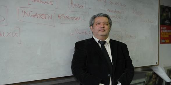 El «Merlí» argentino, profesor de Argentores